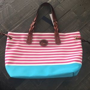 NWT $149 Dooney & Bourke Large Pink & Blue Tote
